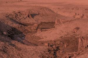 Ich entdeckte Überreste von Wasserläufen mit Spuren von flüssigem Wasser.